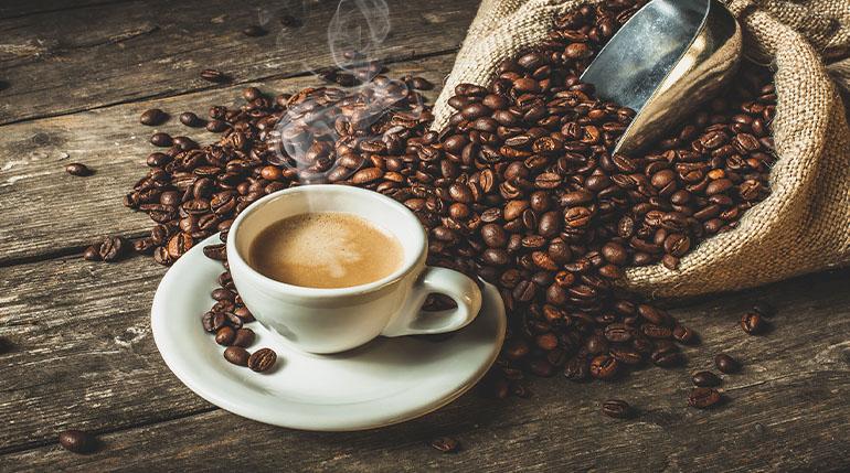 Czy kawa jest zdrowa? Wszystko co musisz wiedzieć o kawie!